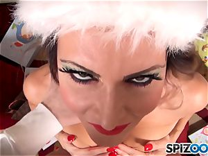 Xmas off the hook with the mischievous sex industry star Jessica Jaymes deep throating on santas humungous rock-hard on