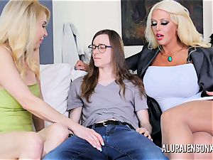 Erica Lauren and Alura Jenson twat screwing three