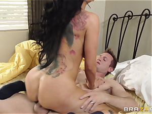 Romi Rain is randy and just wants to poke