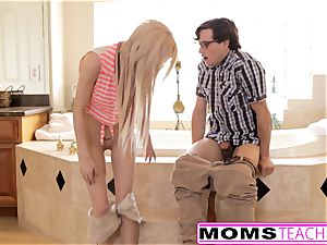 sonnie And gf Caught By Step mother