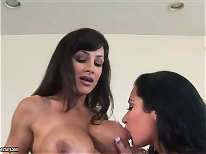 two horny big-chested cougar with curvy bods Lisa Ann and Jayden Jaymes have g/g romp with a strap-on