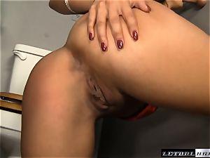 ultra-kinky girlfriend Lynn love deep-throating off a rigid dicked stranger