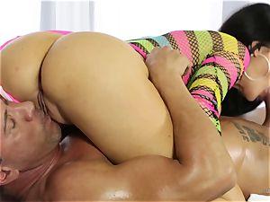 erotic massage from a stellar big-boobed babe Jasmine Jae