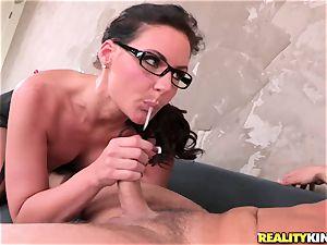 Phoenix Marie wraps her lips plump a hard man sausage