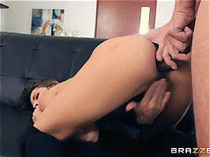 sex industry star Madison Ivy shows us how its done