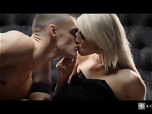 xCHIMERA - erotic motel room nail with platinum-blonde Katy Rose