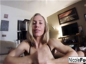 Home video of Nicole Aniston providing a point of view gargle Job