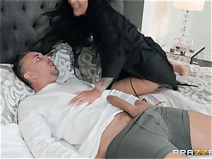 Keiran Lee plunging his jizz-shotgun into Katrina Jade