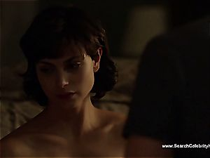 amazing Morena Baccarin looking luxurious nude on film