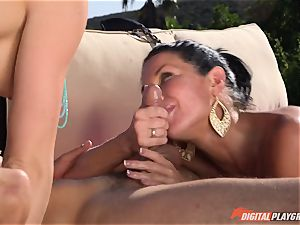 Chanel Preston and Veronica Avluv plowed deep in the super-fucking-hot unloading cootchie pies