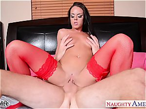 seductive Rahyndee James looks stunning in lingerie porking