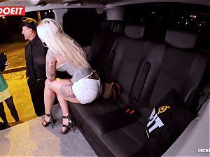 LETSDOEIT - successful taxi Driver Bones two super-fucking-hot Blondes