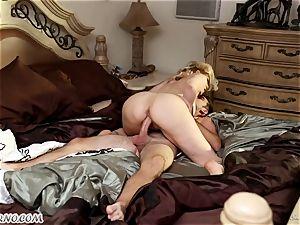 guy drills his ultra-kinky girlfriend splendid mature mommy
