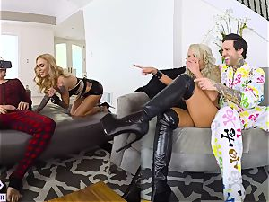 2 huge-chested Blondes boinks You From Virtual Reality