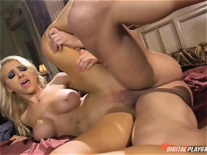 Alix Lynx slurps chisel and gets her delicious lil' cunt beaten