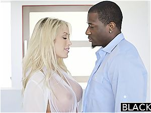 BLACKED Capri Cavannii enjoys large ebony manmeat internal ejaculation