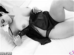 Sunny Leone in her new black
